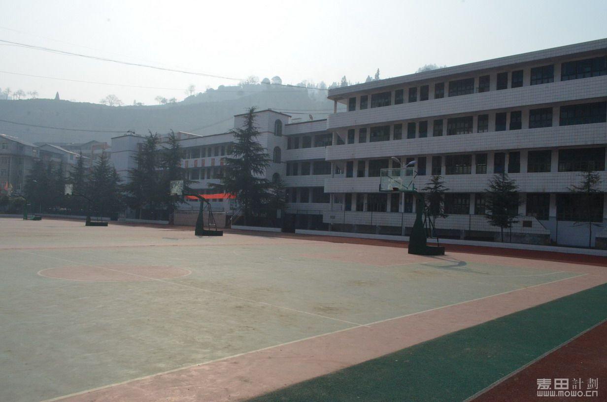 古阳中学教学楼3.JPG
